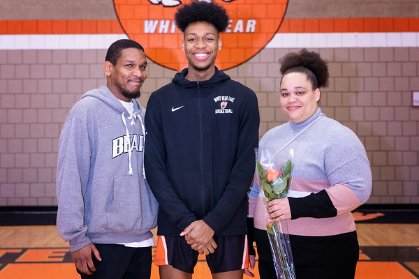 Basketball Player/Parent Pictures 2020