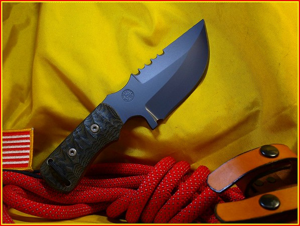 Relentless Knives M4 BOUNTY HUNTER 89T93800VL634754V