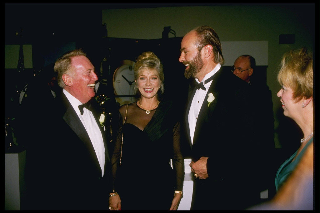 . Nov 19, 1995: Kirk Gibson and Vin Scully during the 100 Great Moments ceremony at UCLA in Los Angeles, California.   (L.A. Daily News file photo)