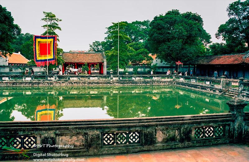 Ho Thien Quang Van Mieu Ha Noi