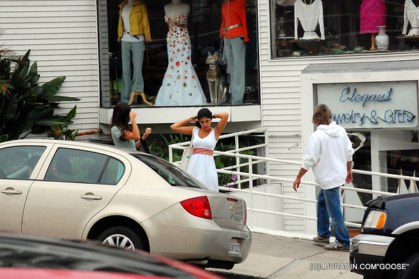 CALIF-STREET-SHOOT-08-23-11