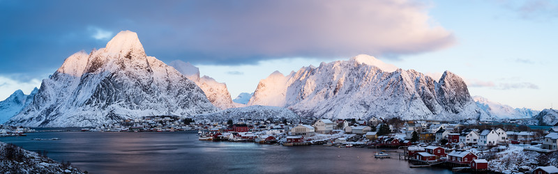 Morning shoot in Lofoten-20150118-05_11_06-Rajnish Gupta-Pano.jpg