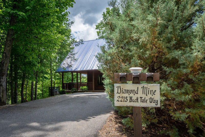 Diamond Mine Cabin-150-HDR-2.jpg