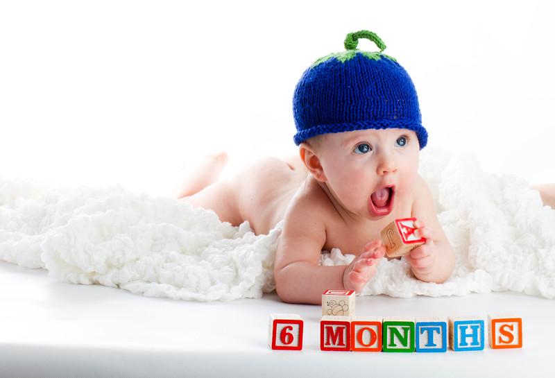 AUBRIANNA 6 MONTHS 2015 -7225.jpg