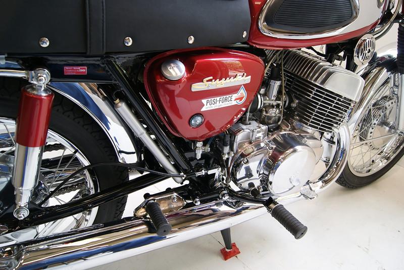 1968T500 4-10 027.JPG