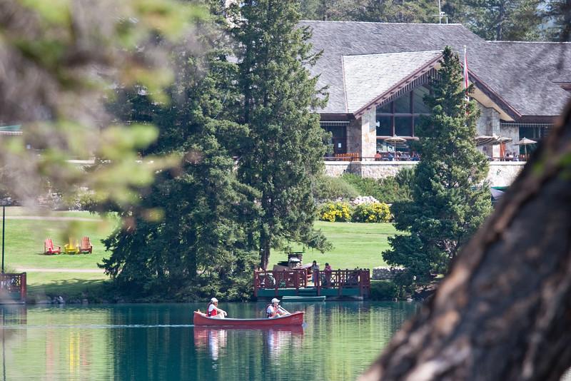 Canoe & Lodge