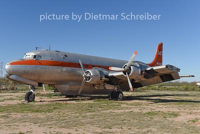 N67040 Douglas DC4