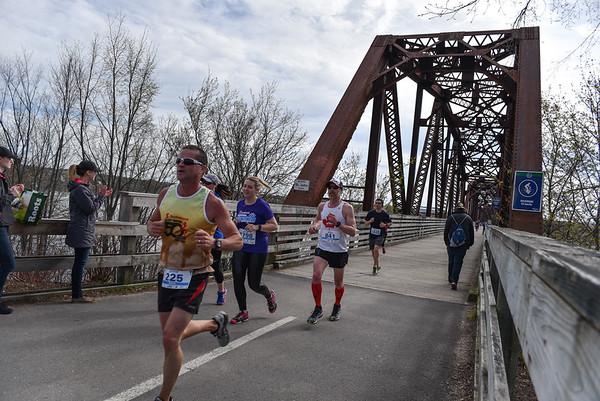 Sunday - Photos at the Walking Bridge