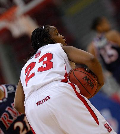 03/18/07 - NCAA Women's Tournament: NC State vs Robert Morris