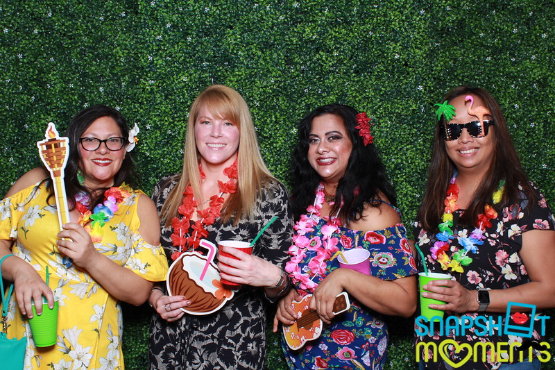 03-30-2019 - Karen and Natasha's Aloha 40th Birthday Bash_055.JPG