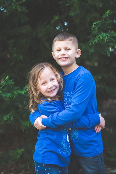 2017 PORTRAITS  |  Ryan + Jillian Holiday