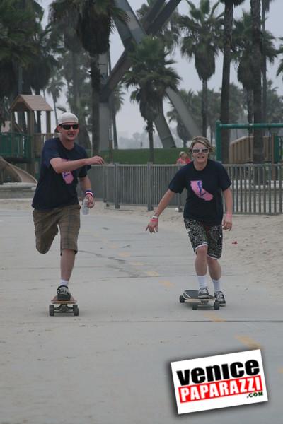 SKATE THE COAST and party with Arbor.  www.b4bc.org  www.arborskates.com Venice , Ca to Marina Del Rey (115).JPG