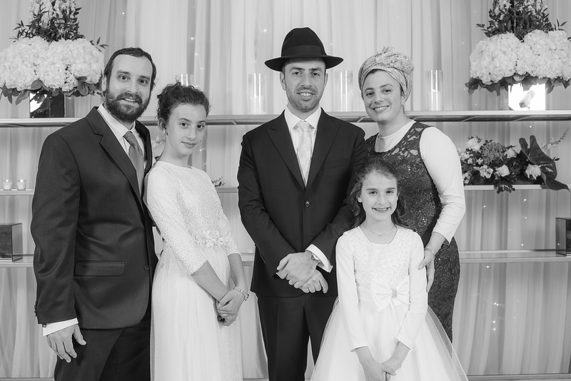 Miri_Chayim_Wedding_BW-151.jpg