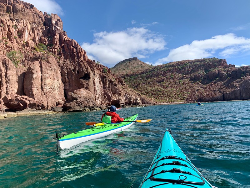 Kayakers in Mexico along Isla Espiritu Santo