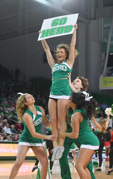 cheerleaders5084.jpg