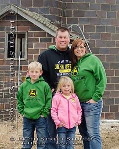 Ericka & Brandon Family Portraits