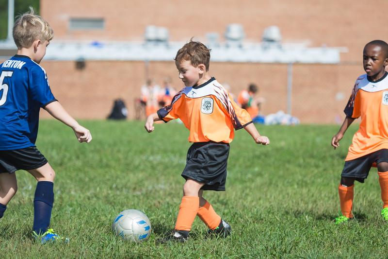 gabe fall soccer 2018 game 2-133.jpg