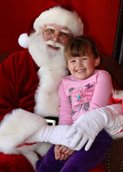 Santa Clause 11DEC2010-413Master.JPG