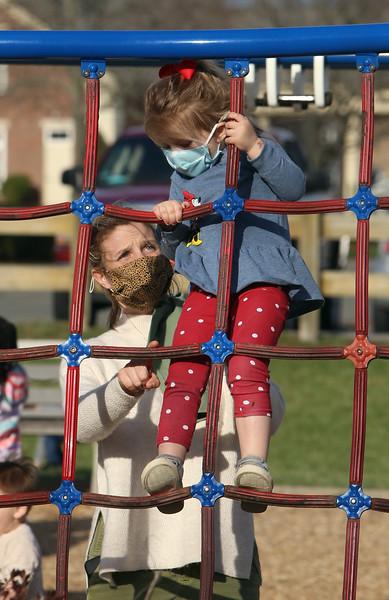 Spring day at Veterans Memorial Park Dracut 040621