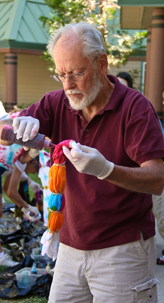 090707_1611_Bill_doing_tie_dye.jpg