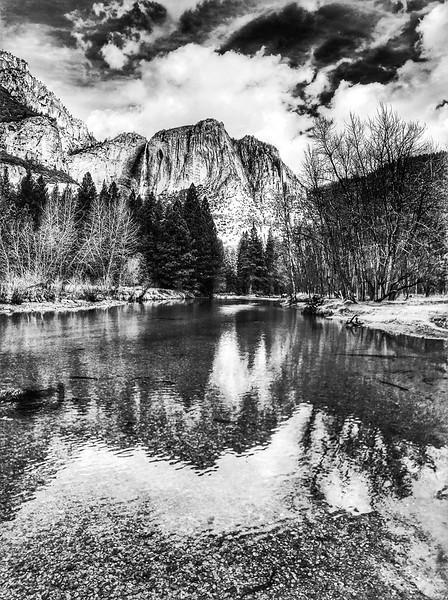 El Capitan peak and valley, Yosemite, USA