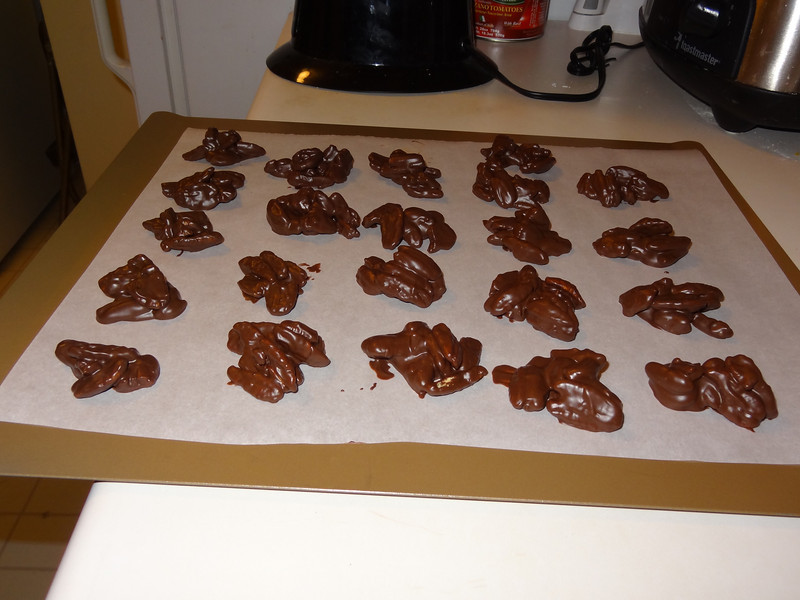 Chocolate pecan clusters for the Christmas holiday!