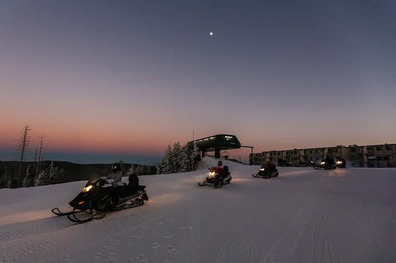 2019-12-06_SN_KS_Snowmobiles-7833.jpg