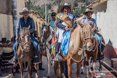 Entrada de Albazos - Fiesta de San Bartolomé - Tinta - Cusco - Peru