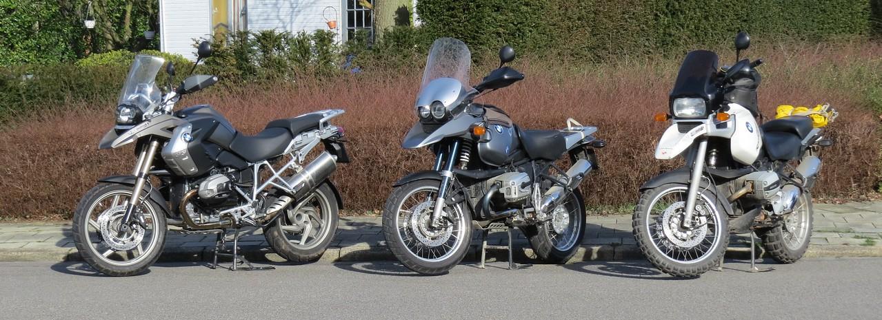 Op een onbewaakt moment had ik plots drie moto's?? Drie GS-en??? Vreemd !?
