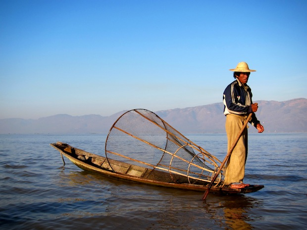 Myanmar Photos: Fisherman on Inle Lake