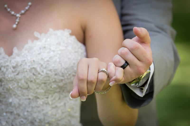 Rockford-il-Kilbuck-Creek-Wedding-PhotographerRockford-il-Kilbuck-Creek-Wedding-Photographer_G1A0777.jpg
