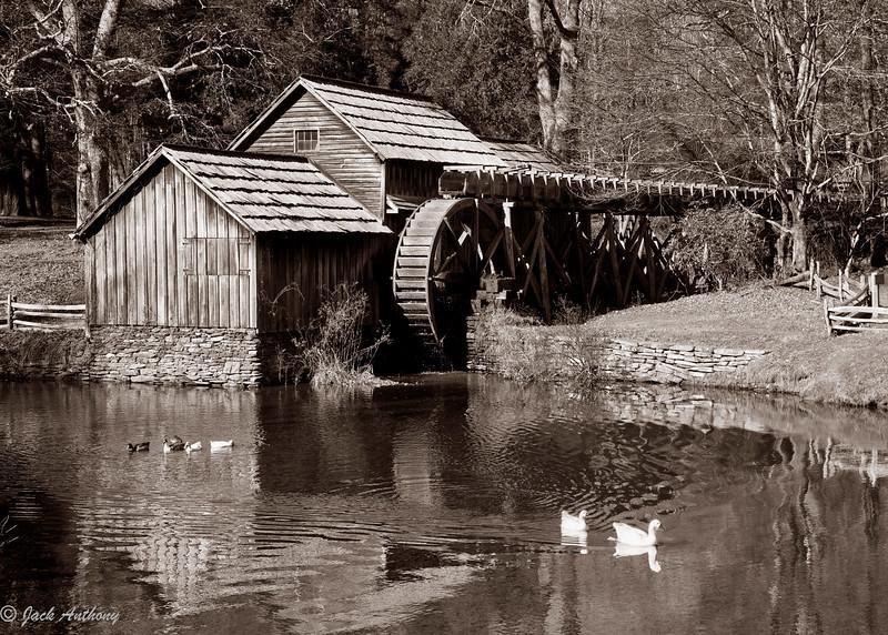 20101109-Mabry mill-8437.jpg