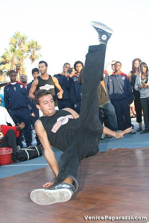 09.14.08 Venice Beach Basketball League Slamdunk and Finals www.veniceball.com.  Photos by Venice Paparazzi