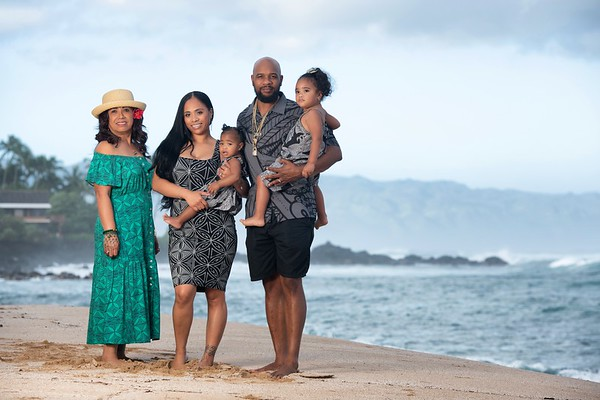 Wanda Vaa & Family, North Shore, O'ahu, 29 Dec 2020