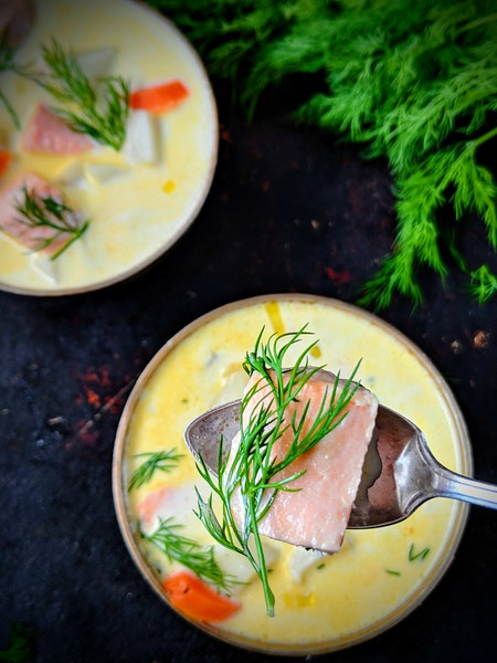Lohikeitto Finnish Salmon Soup dark 5.jpg