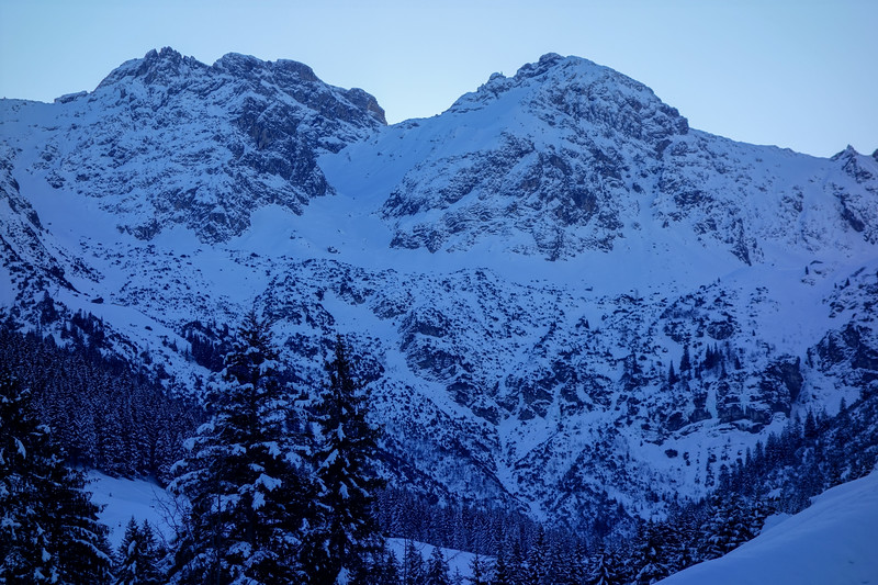 From lower Wildental, this is a morning view of today's goal, Ochsenloch. It's a saddle between the middle (left) and SW Schafalpkopf summits. The middle summit can in good conditions be climbed, following a part of the Mindelheimer ferrata (exposed).