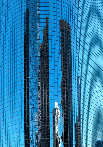 2006-ReflectionsInBlue_mistca_.jpg