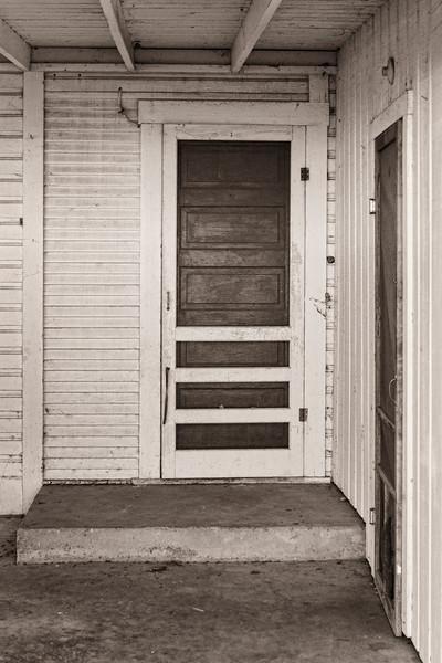 2013-10-19 backdoor Fredericksburg DSC04405.jpg