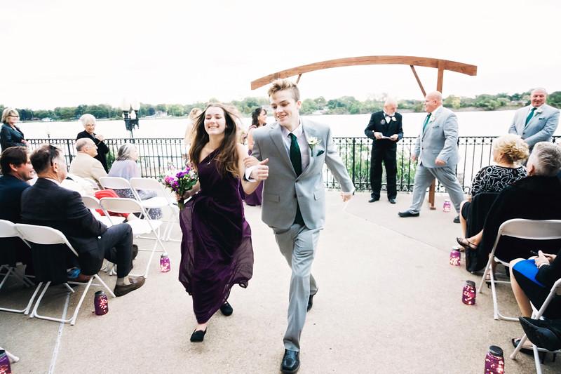 chateau-on-the-river-trenton-michigan-wedding-0311.jpg