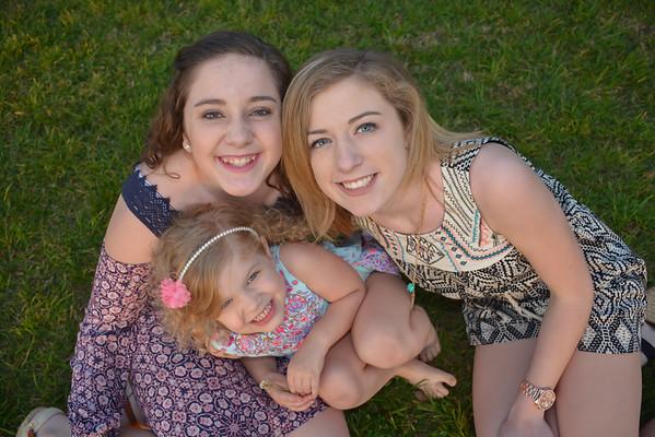 Halle, Kara & Piper