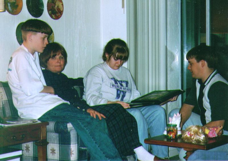 Mikey,Michelle,Crissy & Shane  1994  .jpg