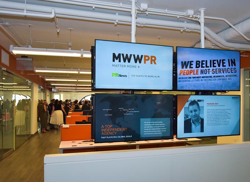 MWWPR event fins 2 1400 75-3946.jpg
