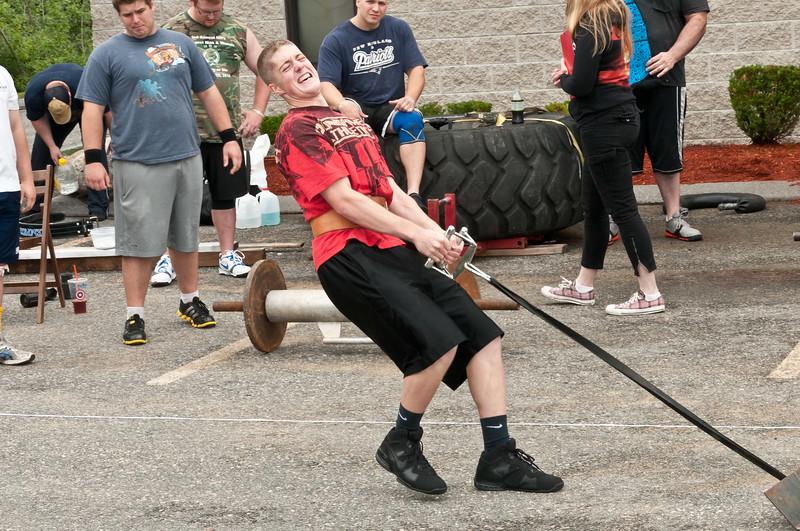 Fitness Revolution Strongman Challenge 2011_ERF4052.jpg
