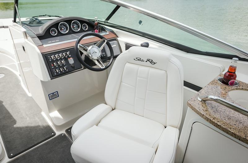 2015-SeaRay-250SLX-0828.jpg