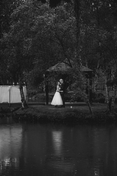 Sam_and_Louisa_wedding_great_hallingbury_manor_hotel_ben_savell_photography-0179.jpg