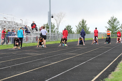 Marion D4 Boys and Girls 200 Semi