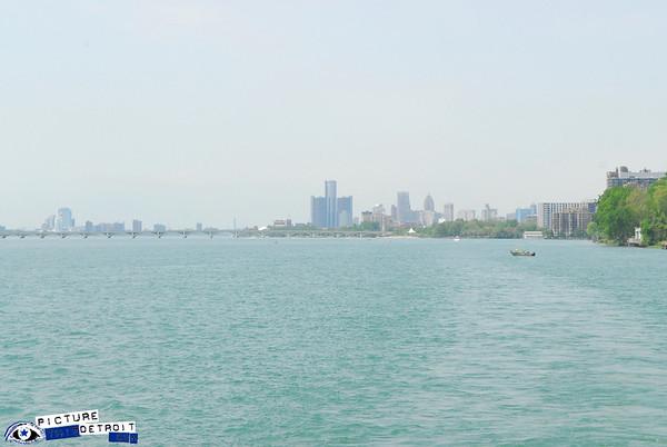 Detroit River - Boat Cruises