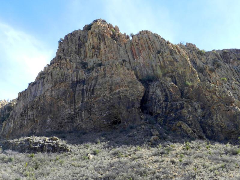 Pinto Canyon crag.jpg