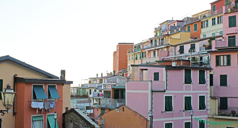 Italy-Cinque-Terre-Riomaggiore-02.JPG