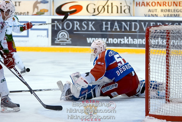 Q5: Frisk Asker Tigers -at- VIF Hockey (5.3.09)